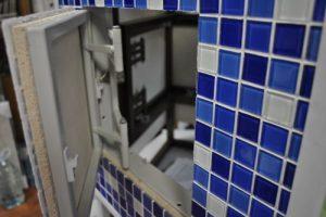 Люк сантехнический нажимной под плитку